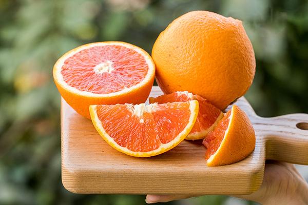 Vitamin-c-giup-tang-suc-de-khang
